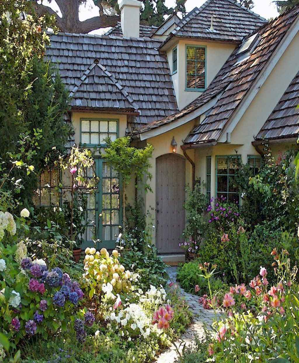 Landscaping Ideas For Small Front Yards: 60 Low Maintenance Small Front Yard Landscaping Ideas
