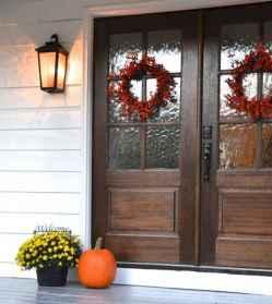 05 gorgeous farmhouse front porch decorating ideas