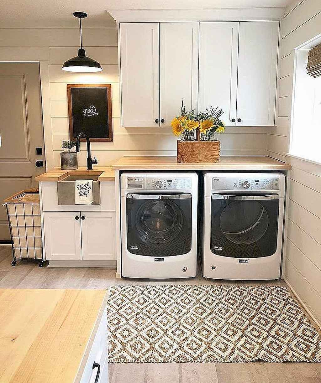 Laundry Layouts And Ideas Small Living Rooms Rustic: 55 Small Farmhouse Laundry Room Decor Ideas