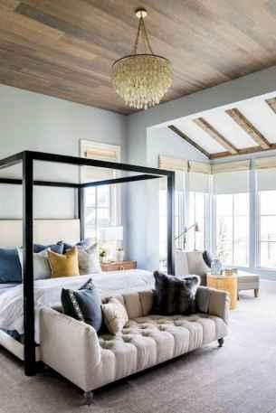 33 beautiful farmhouse master bedroom decor ideas