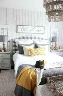 45 beautiful farmhouse master bedroom decor ideas