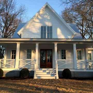 60 gorgeous farmhouse front porch decorating ideas