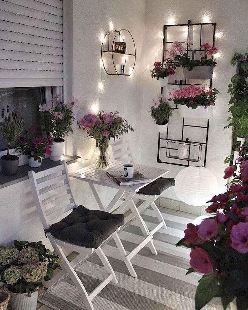 76 Cozy Apartment Balcony Decorating Ideas