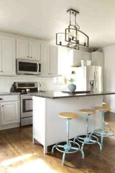 38 elegant gray kitchen cabinet makeover for farmhouse decor ideas