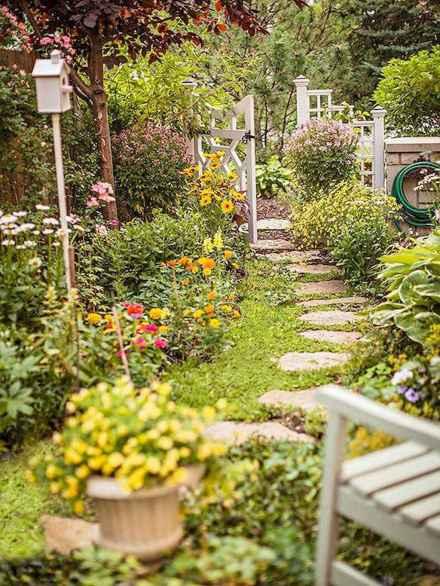 17 beautiful cottage garden ideas to create perfect spot