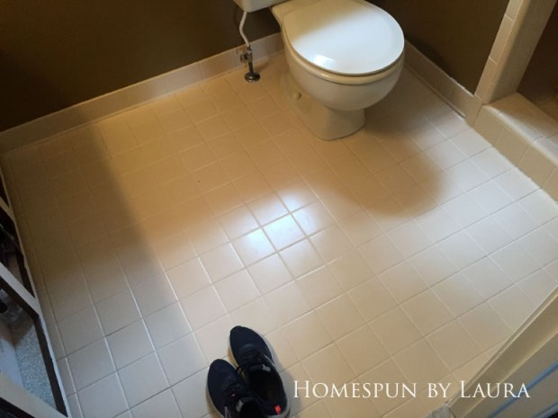 The $200 Master Bathroom Refresh | Homespun by Laura | Cleaning the floor grout with bleach pen and bleach + baking soda paste wasn't fun but was worth it.
