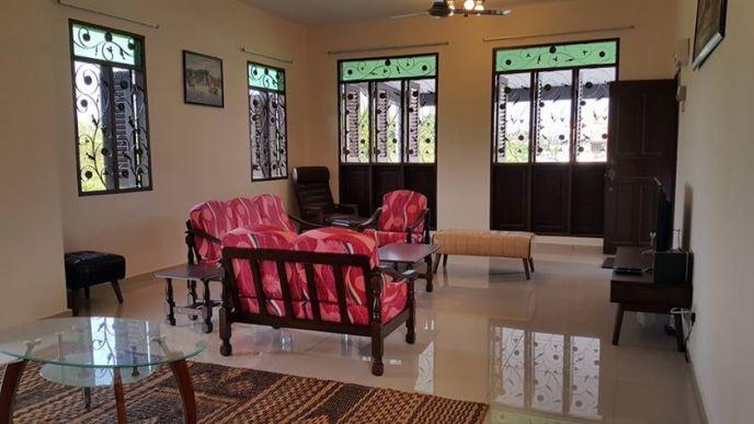 HOMESTAY MELAKA MASAM2MANIS Ruang tamu yang besar dan selesa