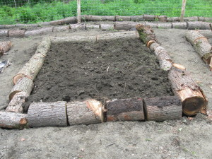 Learn How To Build Free Raised Beds Using Cord Wood Softwood Logs Are Not Suitable For Using In Indoor Wood Stoves Due To Creosote Buildup Issues