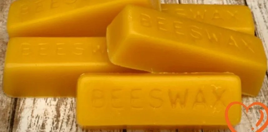 How to Render and Clean Beeswax