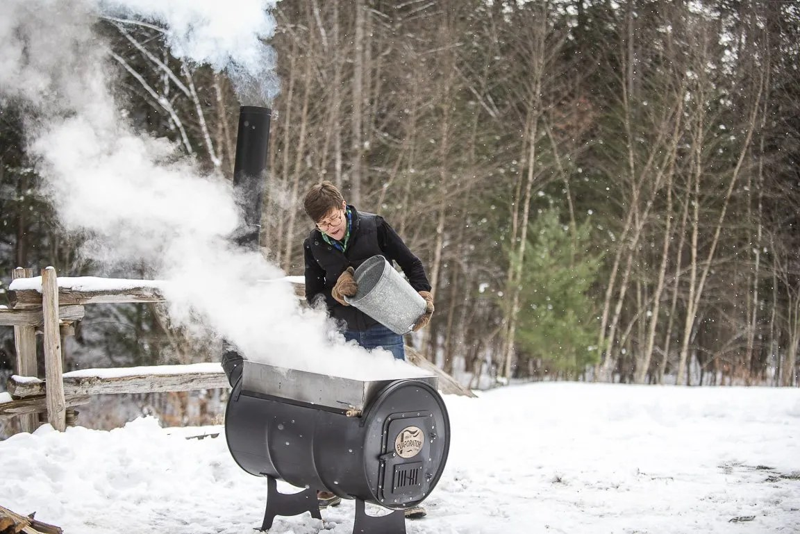 How to Boil Sap to make Maple Syrup