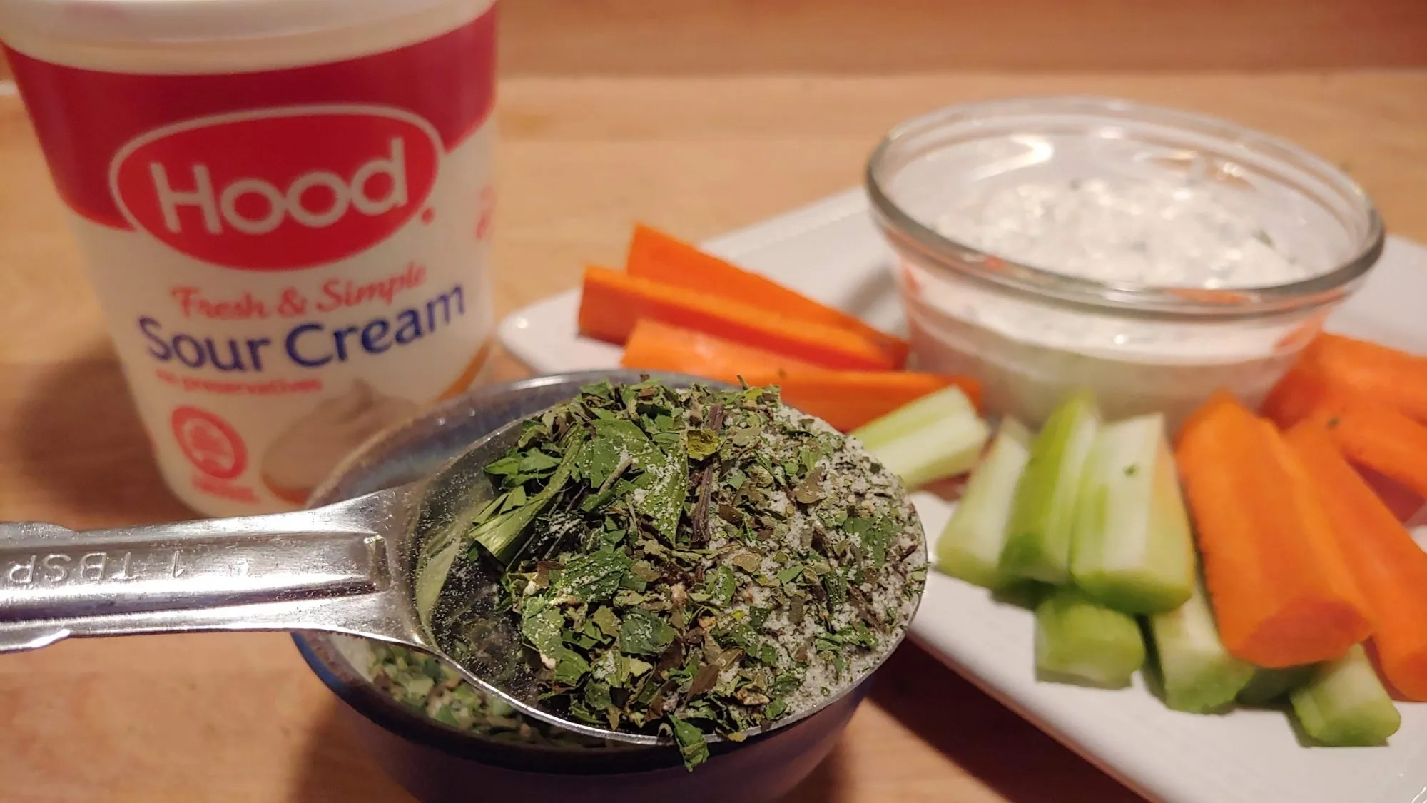 How to Make Homemade Herb Dip Mix