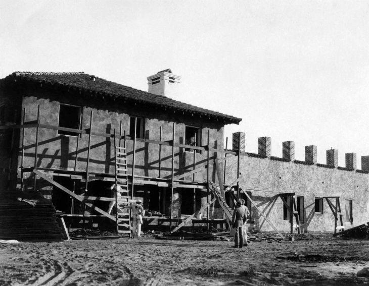 La Casa Nueva West Elevation Construction 99.5.35.1000