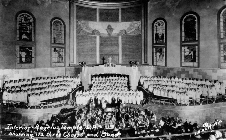 RPPC Interior Angelus Temple LA Showing Its Three Choirs And Ban