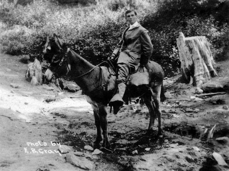 RPPC Man On Horseback At Mt Wilson 2012.541.1.1