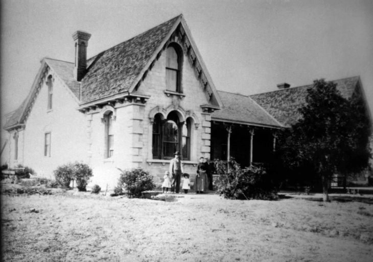 Workman House ca 1889 John H Temple Family 99.5.2.73