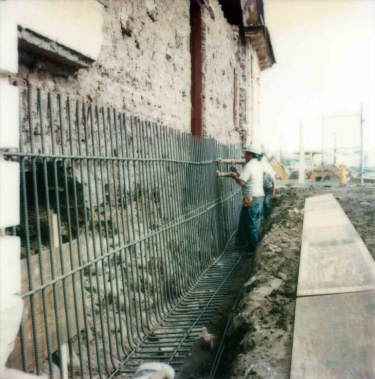 East Wall Steel In Place Before Collapse Of Adobe 99.5.33.822