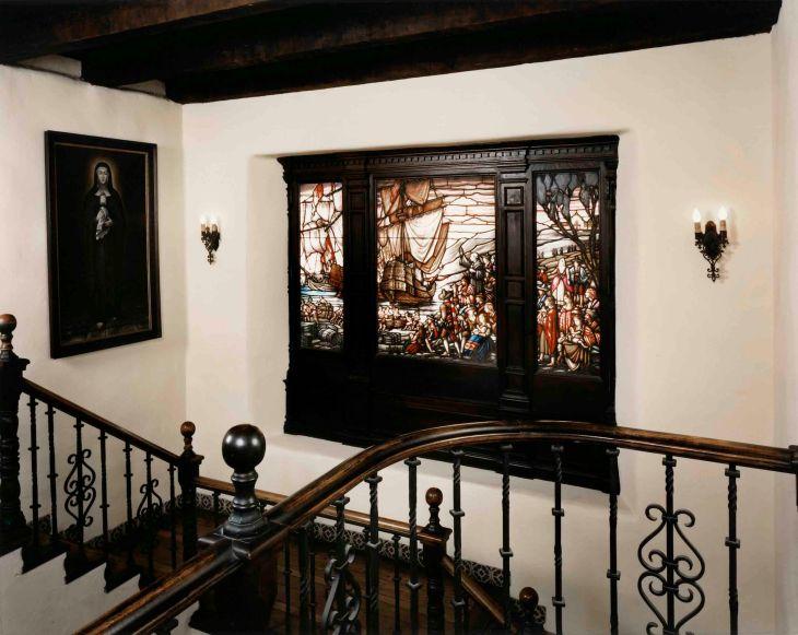 La Casa Nueva Main Hall Triptych Window Color 96.57.1.8