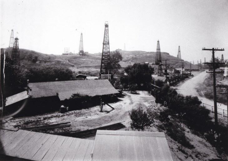 Basye Adobe Montebello Oil Field, ca. 1920 2000.271.1.34
