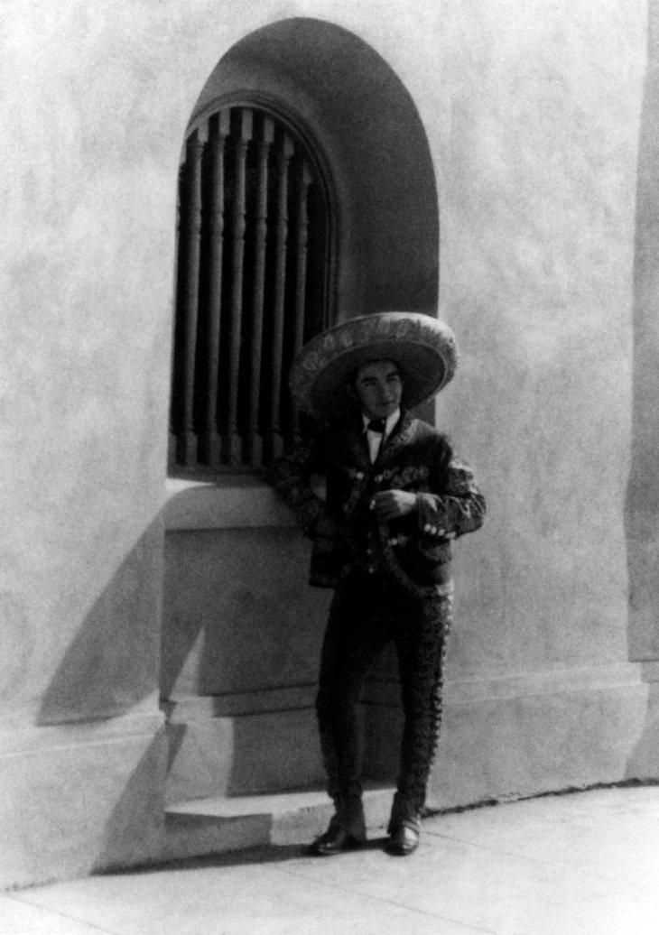 Thomas W Temple II ca 1923 San Gabriel Post Office 99.5.15.304