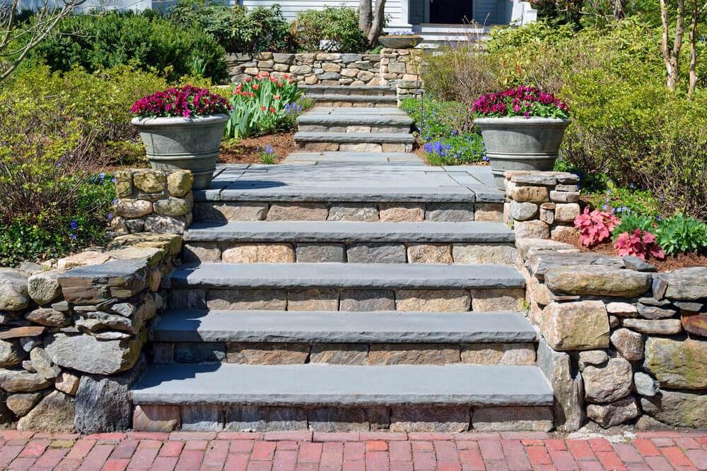 64 Outdoor Steps With Flower Planters And Pots Ideas Pictures   Outdoor Garden Under Stairs   Exterior   Walkway   Crosstie   Gardening   Simple
