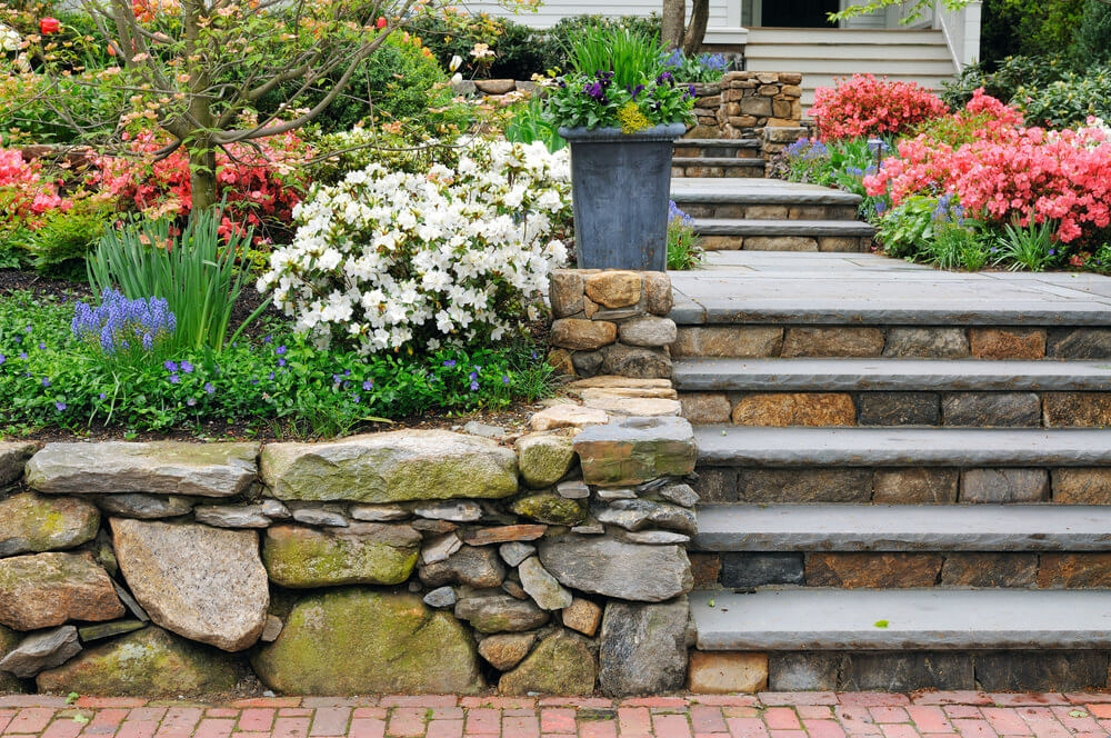 60 Outdoor Garden Landscaping Step Ideas   Outdoor Garden Under Stairs   Exterior   Walkway   Crosstie   Gardening   Simple