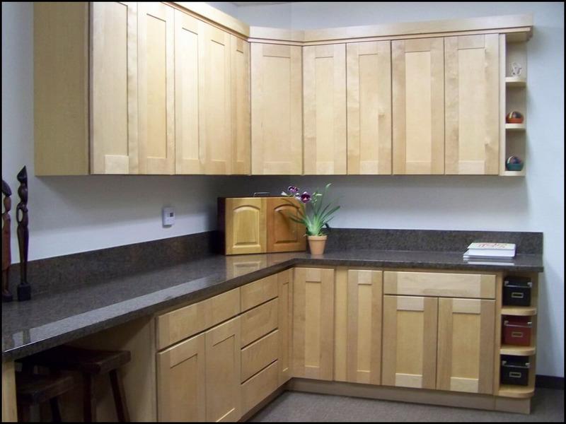 assembled-kitchen-cabinets-13