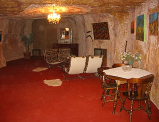coober peddy cave houses