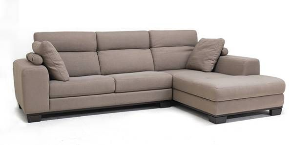 buying-a-couch-3