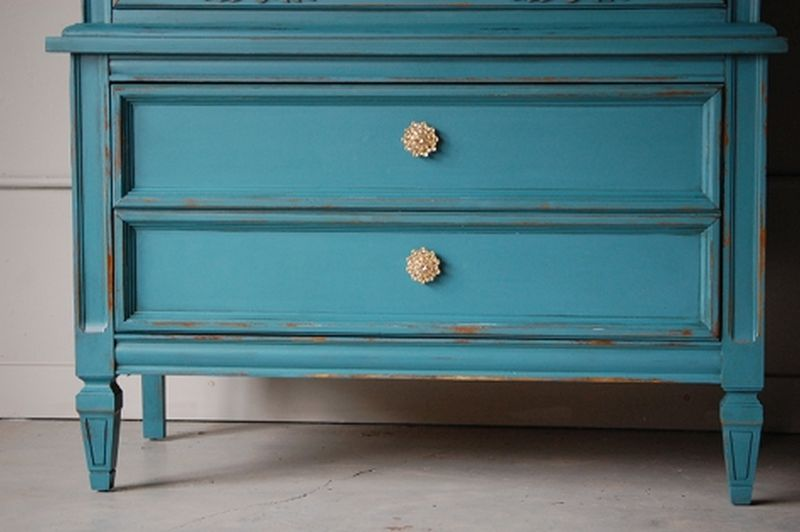 Painting your furniture by yourself