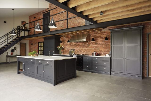 Industrial Style Outdoor Kitchen 5