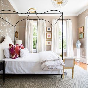 Bedroom Decoration ideas for Romantic Moment 101