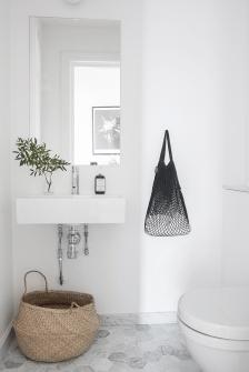 Extraordinary White Bathroom Ideas 153