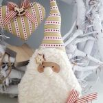 Excellent Christmas Craft Ideas for Your Living Room 111