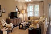 Minimalist Living Room Decor For Apartment 73