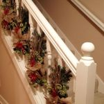 Brilliant Christmas Garland Decorating Ideas 106