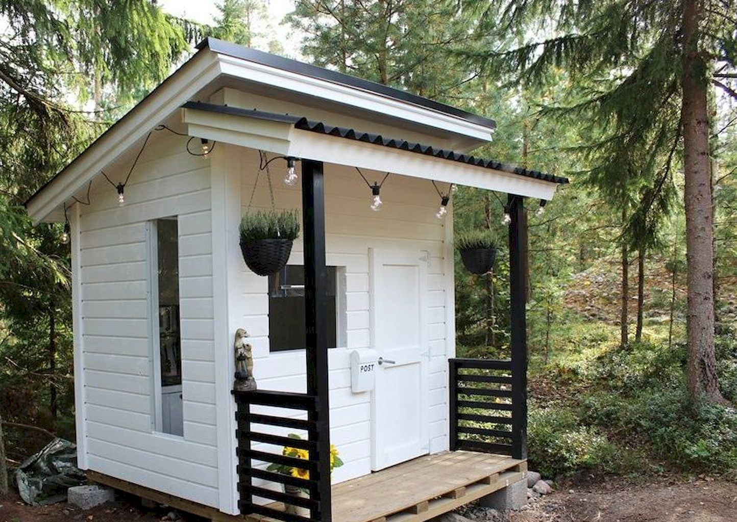 Luxurious Playhouse Plan Into Your Existing Backyard Space