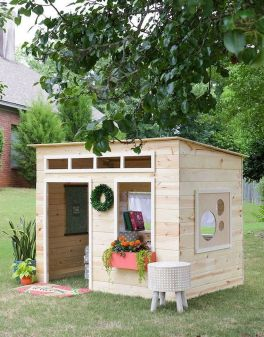 Nice Playhouse Plan Into Your Existing Backyard Space