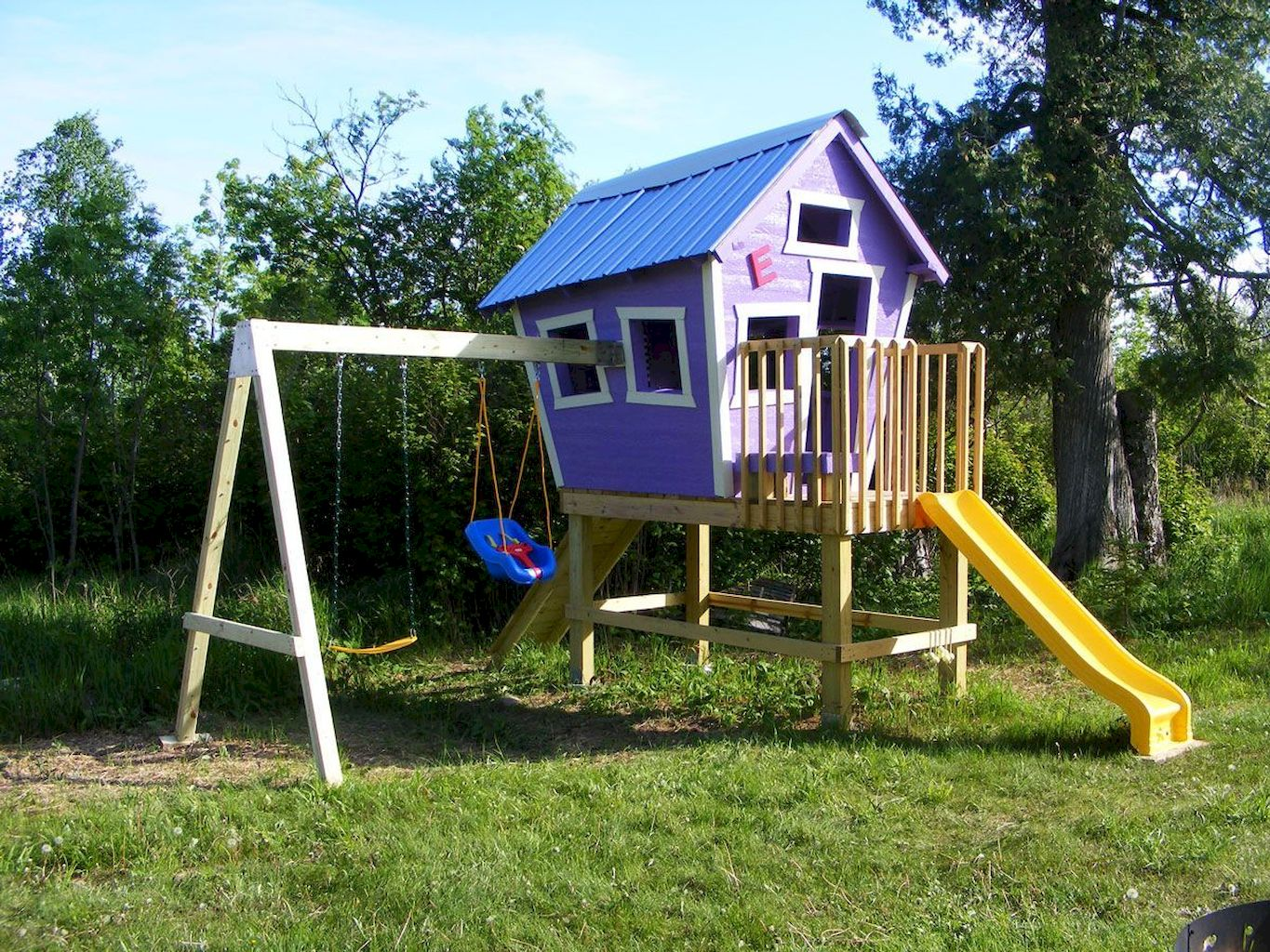 Stunning Playhouse Plan Into Your Existing Backyard Space