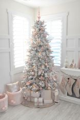 Sumptuous Christmas Tree Decoration To Impress Your Guess