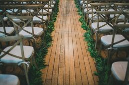 Surprising Beautiful Winter Wedding Decoration Ideas