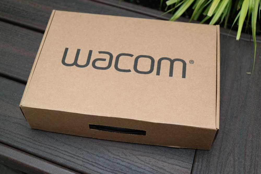 wacom_pro_unboxing_refurb_ships_in_new_box