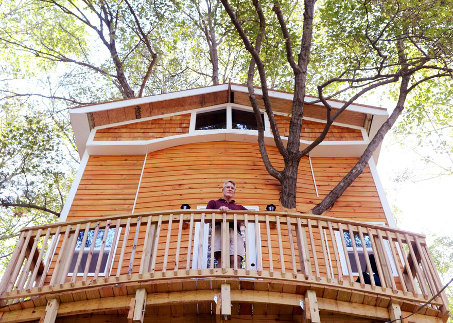 3 Stories Treehouse 2