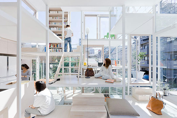 transparent house in japan 4