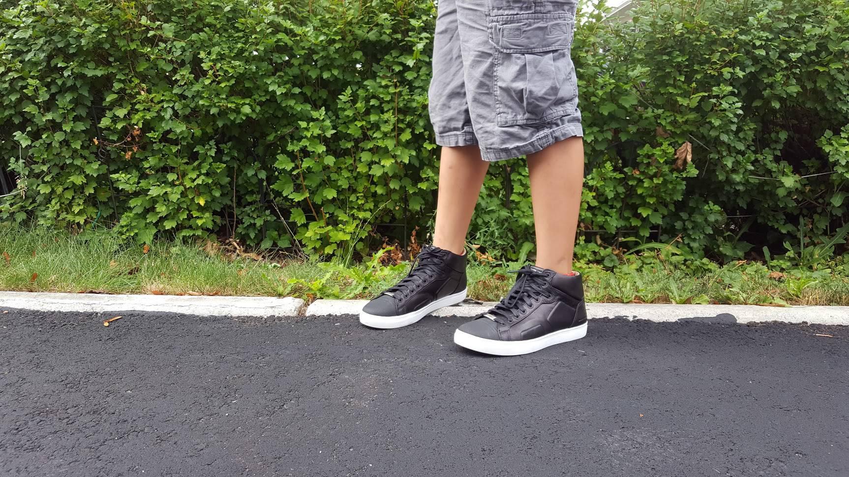sketchers canada shoes
