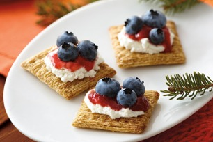 Nutmeg and Cinnamon triscuits