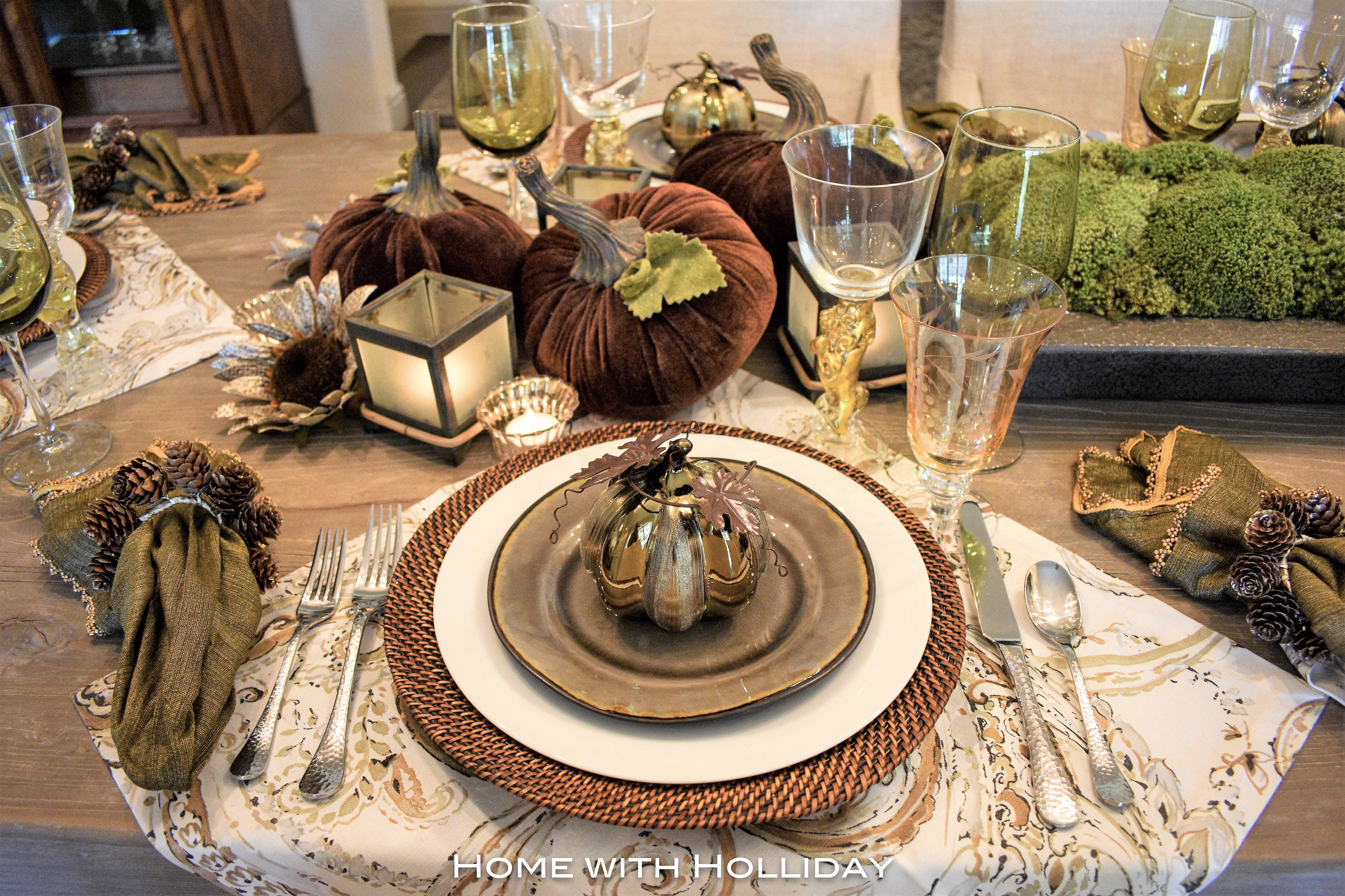 Thanksgiving Table Setting with Pumpkins