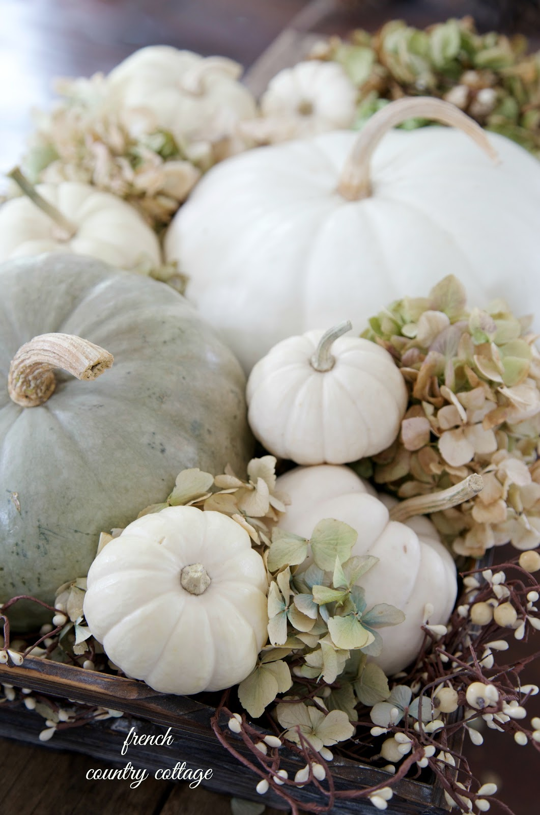 Creative Ideas for Fall or Thanksgiving Table Settings and Home Decor 3
