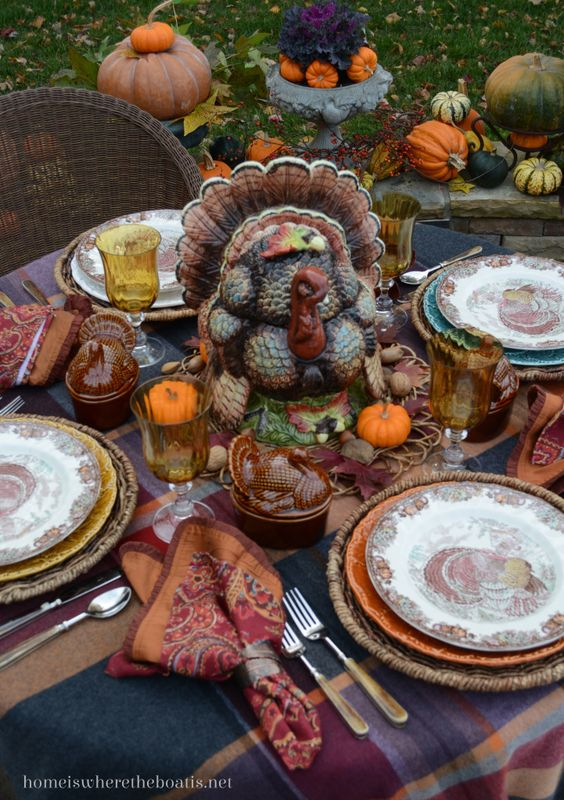 Creative Ideas for Fall or Thanksgiving Table Settings and Home Decor 15