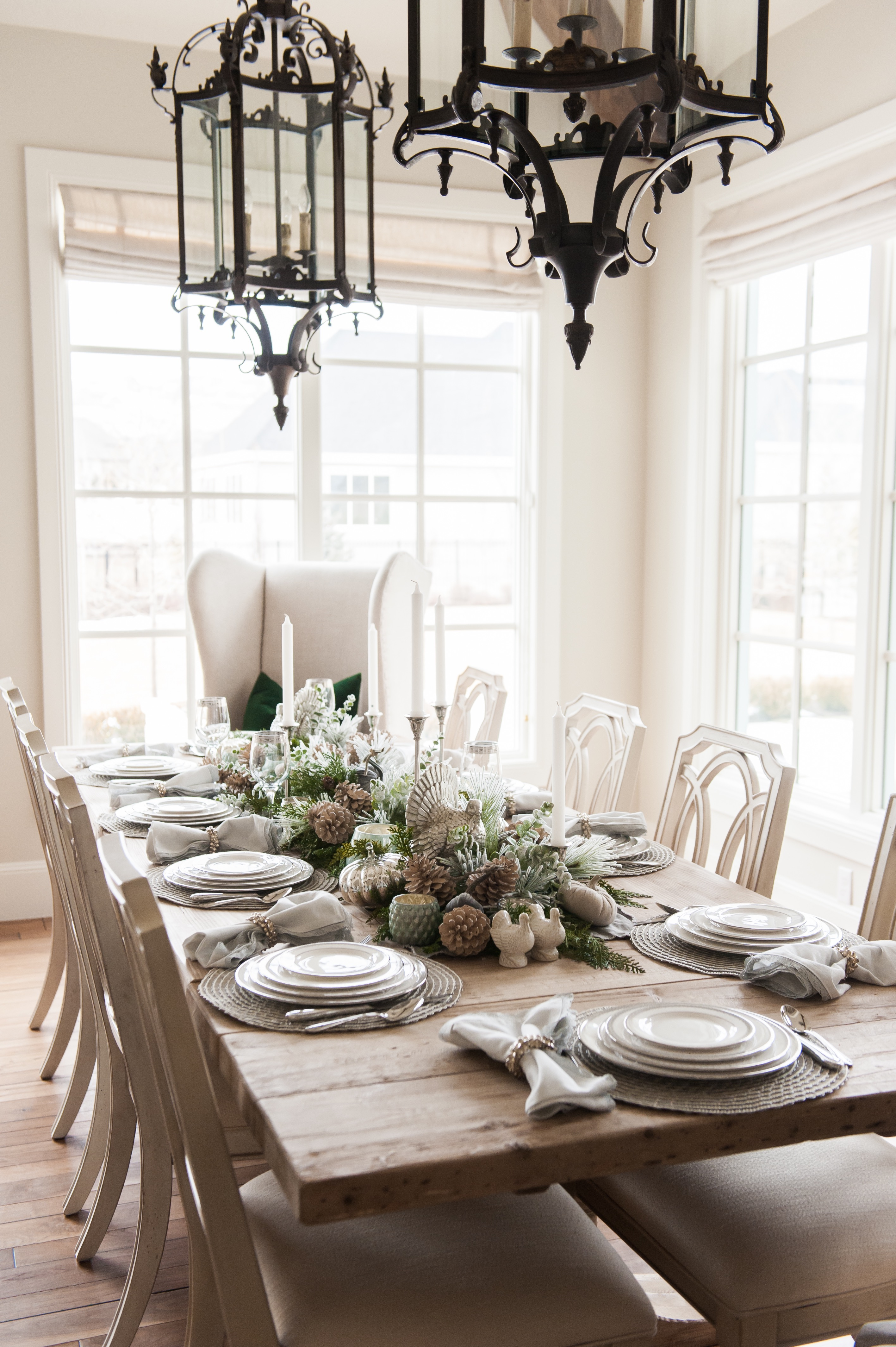 Holiday Hosting at Home Blog Hop - Fall Tablescapes and Home Decor