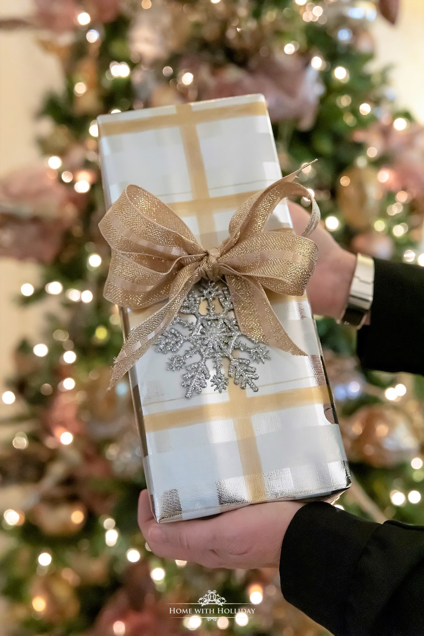 Gift wrapping for My Mixed Metallic Christmas Tree - Home with Holliday